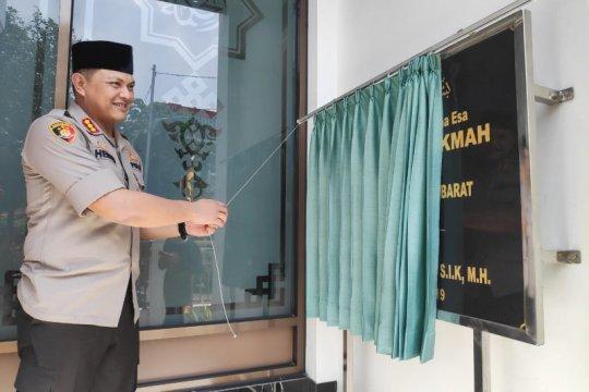 Akhiri jabatan Kapolres Metro Jakarta Barat, Hengki resmikan masjid