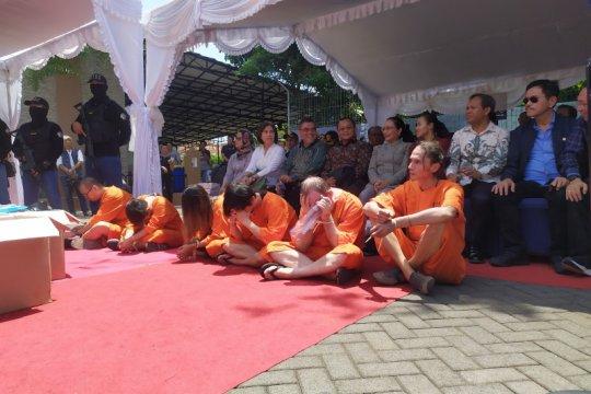 Bea Cukai Ngurah Rai tangkap empat warga asing kasus narkotika