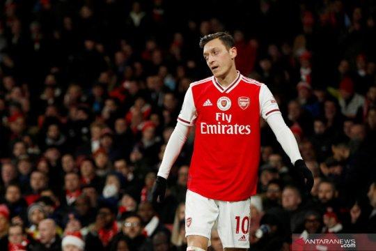 Arteta: Ozil harus berikan yang terbaik untuk kembali ke tim inti