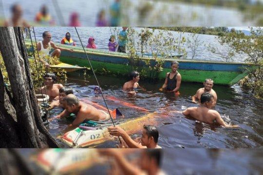 """Kecelakaan di Danau Sentarum dialami sekeluarga penumpang """"speed boat"""""""