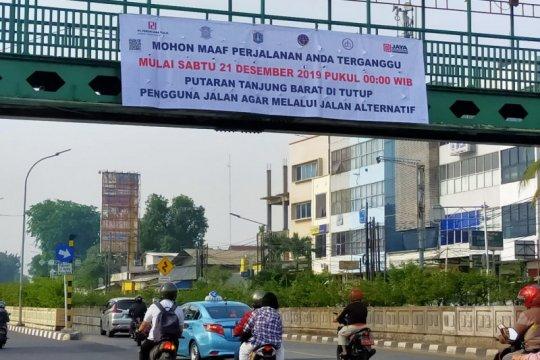 Perlintasan kereta Tanjung Barat ditutup mulai Sabtu