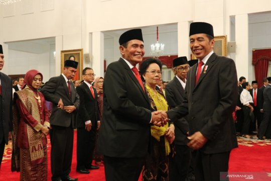 Presiden Jokowi ungkap pertimbangan pemilihan anggota Dewas KPK