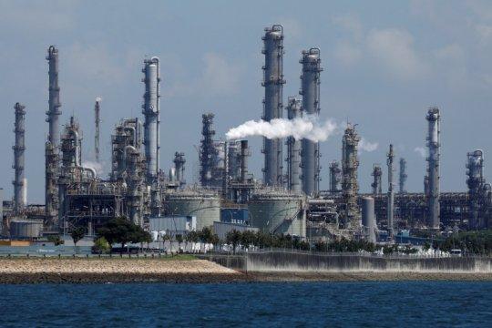 Kapten kapal tangki dipenjara di Singapura karena curi minyak Shell