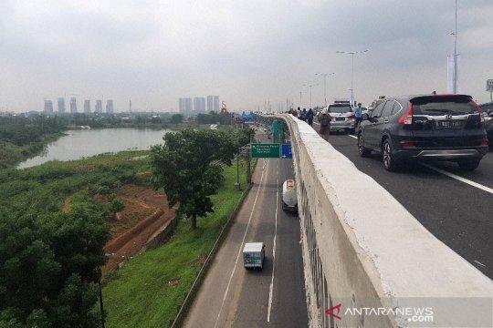 Tol Layang Jakarta-Cikampek dipastikan beroperasi normal