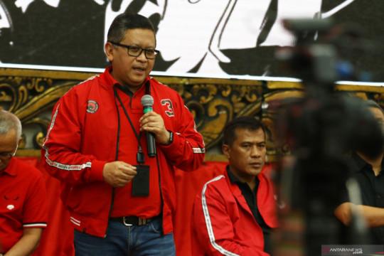 Merapatnya Hengky Kurniawan, Hasto: Kami tak punya tradisi bajak kader