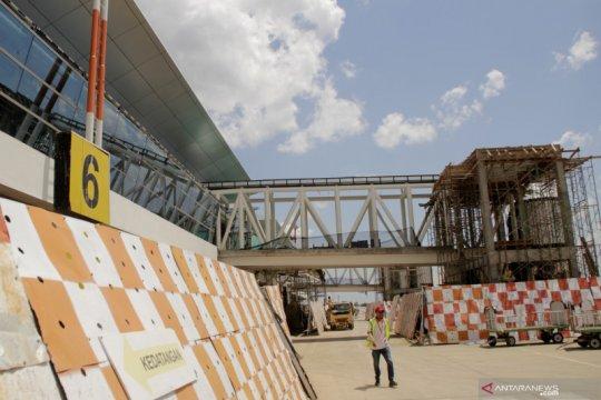 Progres pembangunan terminal bandara El-Tari Kupang