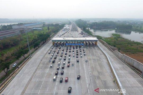 50 ribu kendaraan lebih tinggalkan Jakarta via GT Cikampek Utama
