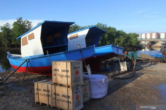 Kapal dan perahu nelayan bantuan pemerintah