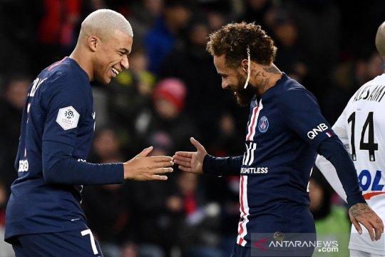 Pandemi bakal paksa Mbappe dan Neymar bertahan di PSG musim depan