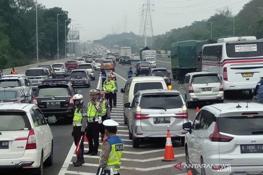 Lebih 63 ribu kendaraan melintasi GT Cikampek Utama