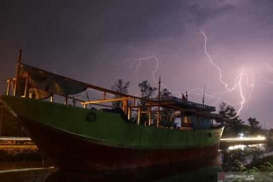 BNPB imbau kegiatan di luar ruang pertimbangkan pantauan cuaca