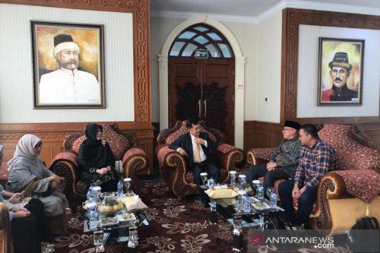 Hasbi berharap JK perjuangkan otsus Aceh