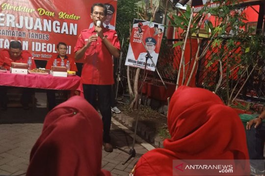 PDIP Surabaya dorong kebijakan publik perkuat peran kaum ibu