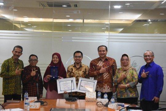 Ubah identitas, BNP2TKI serahkan penghargaan pemenang logo baru