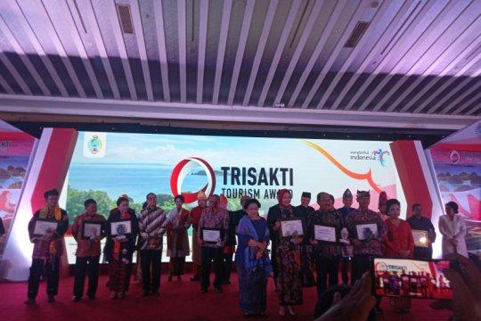 Raja Ampat raih Trisakti Tourism Award 2019 kategori wisata bahari