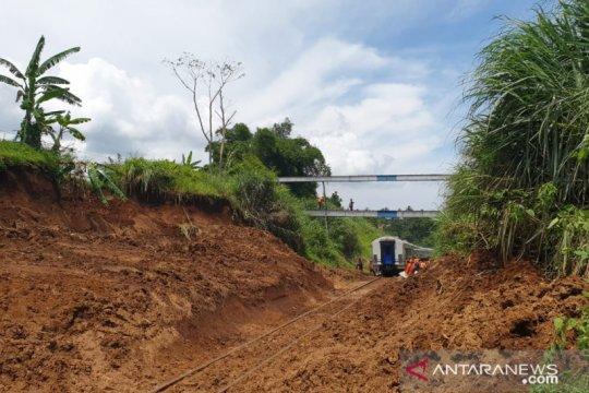 KA Bogor-Sukabumi kembali normal