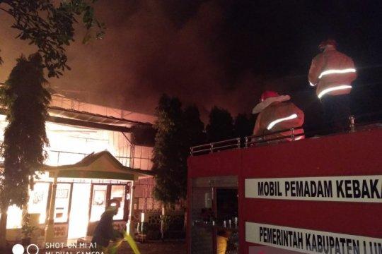 Pabrik teh PTPN XII di Lumajang ludes terbakar