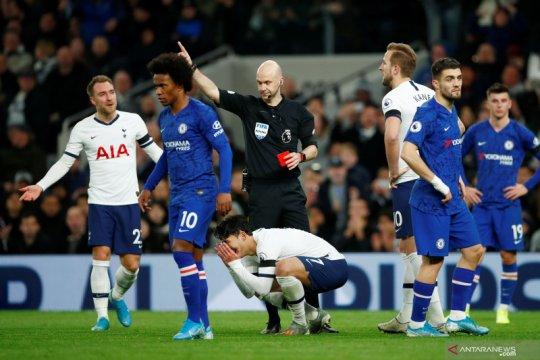 Liga Inggris:  Dua gol Willian menangkan Chelsea atas Tottenham