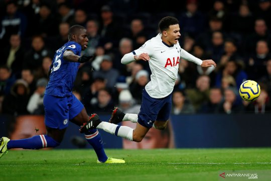 Mourinho meyakini Dele Alli akan bertahan di Spurs