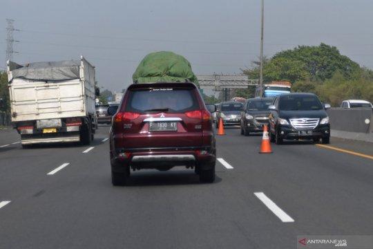 """Jasa Marga terapkan """"contraflow"""" di KM 65-47 Tol Japek arah Jakarta"""