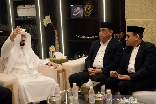Raih doktor HC, Syafruddin berhubungan baik dengan tokoh Islam dunia