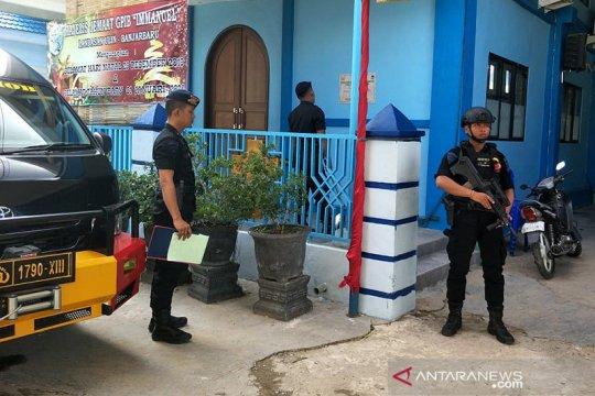 Brimob Kalsel sterilisasi gereja dari bahan peledak