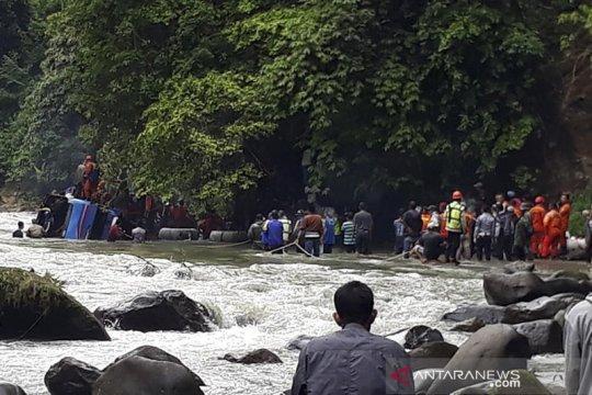 Korban kecelakaan maut bus Sriwijaya bertambah, 25 teridentifikasi
