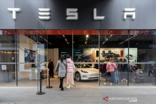 Tesla cari pinjaman dari bank China untuk operasional di Shanghai