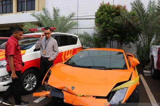 Polisi ungkap pengemudi Lamborghini penodong senjata api hindari pajak