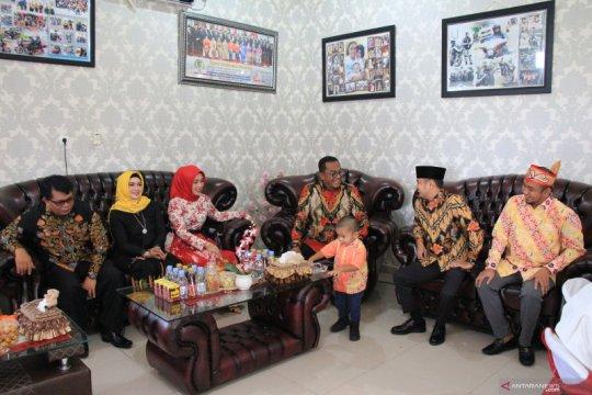 Wali Kota Palangka Raya bersafari pada Hari Natal