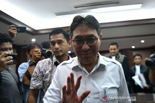 Politikus PAN Sukiman didakwa terima suap Rp2,957 miliar