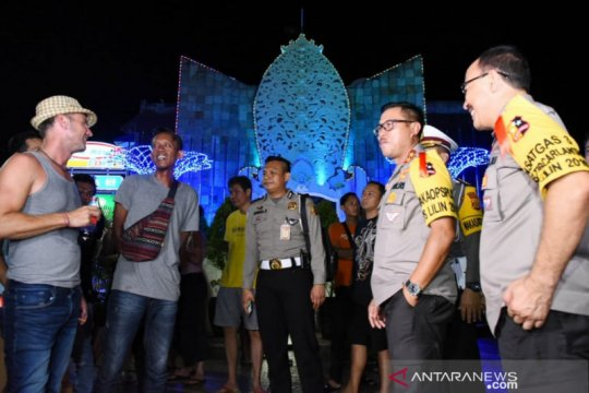 "Kakorlantas: ""Car free night"" di Pantai Kuta digelar pergantian tahun"