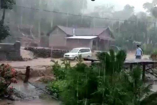Banjir landa Desa Parang Kabupaten Kediri