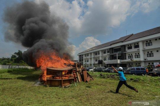 Pemusnahan aset pemerintah kota Tasikmalaya