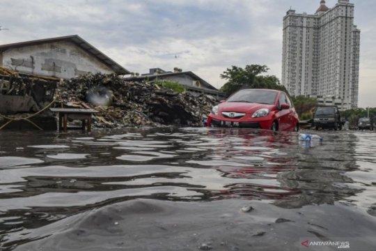 Tips merawat kendaraan setelah terendam banjir