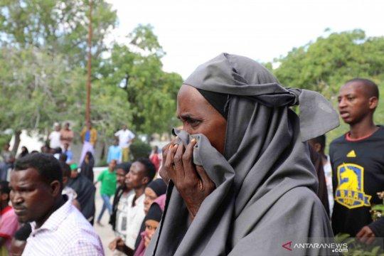Sedikitnya 15 tewas karena bom bunuh diri di kamp tentara Somalia