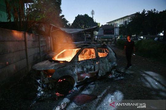 Pengusaha bakso Pekanbaru hilang misterius menyisakan mobil terbakar