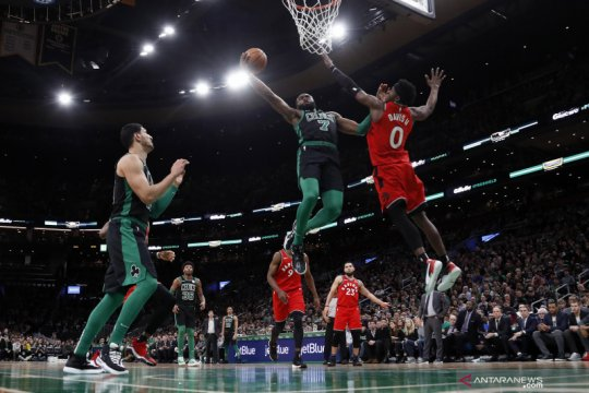 Kyle Lowry cetak 30 poin bawa Raptors bungkam Celtics