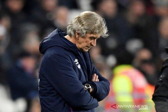 Sejam usai dikalahkan Leicester, West Ham pecat Pellegrini