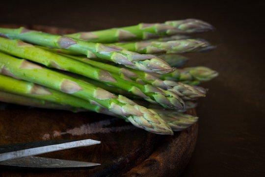 Asparagus bisa sebabkan urin berbau busuk, kok bisa?