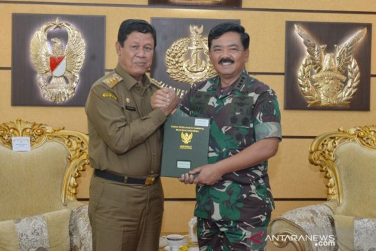 Panglima TNI terima sertifikat hibah lahan pembangunan Makogabwilhan I