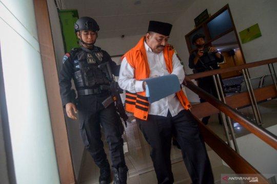 Bupati Indramayu nonaktif diduga terima suap Rp3,6 miliar dari Carsa