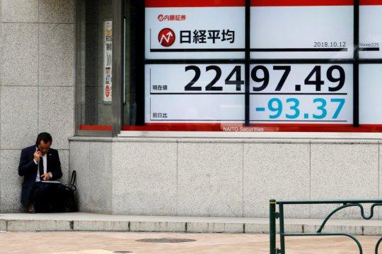 Indeks Nikkei Jepang ditutup jatuh, investor amankan keuntungan