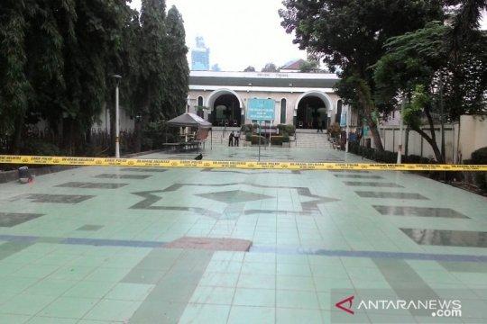 Sebuah benda mencurigakan ditemukan di Masjid Sunda Kelapa