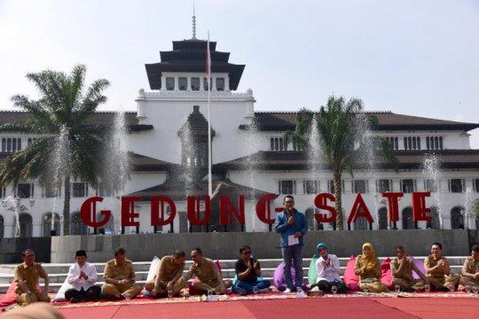 Taman Gedung Sate mulai dibuka untuk umum