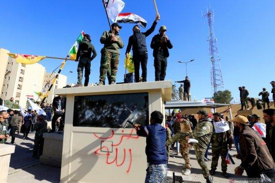 Paramiliter Irak minta pendukungnya mundur dari Kedubes AS