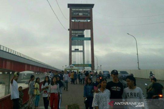Jembatan Ampera Palembang ditutup pada malam pergantian tahun 2020