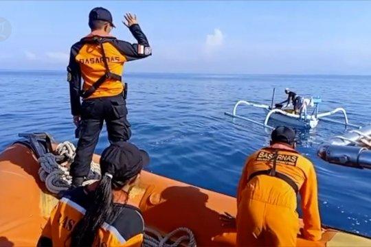 Cari nelayan hilang, Tim SAR imbau masyarakat untuk waspada