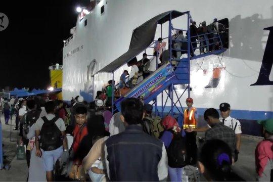 Menanamkan budaya keselamatan kepada penumpang kapal
