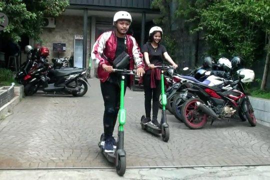 Skuter listrik dilarang beroperasi di jalan raya di Bandung